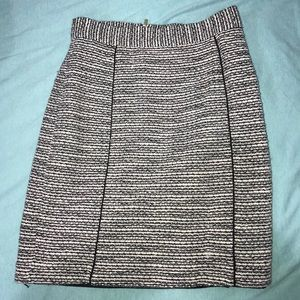 H&M PENCIL SKIRT! Only worn a few times!